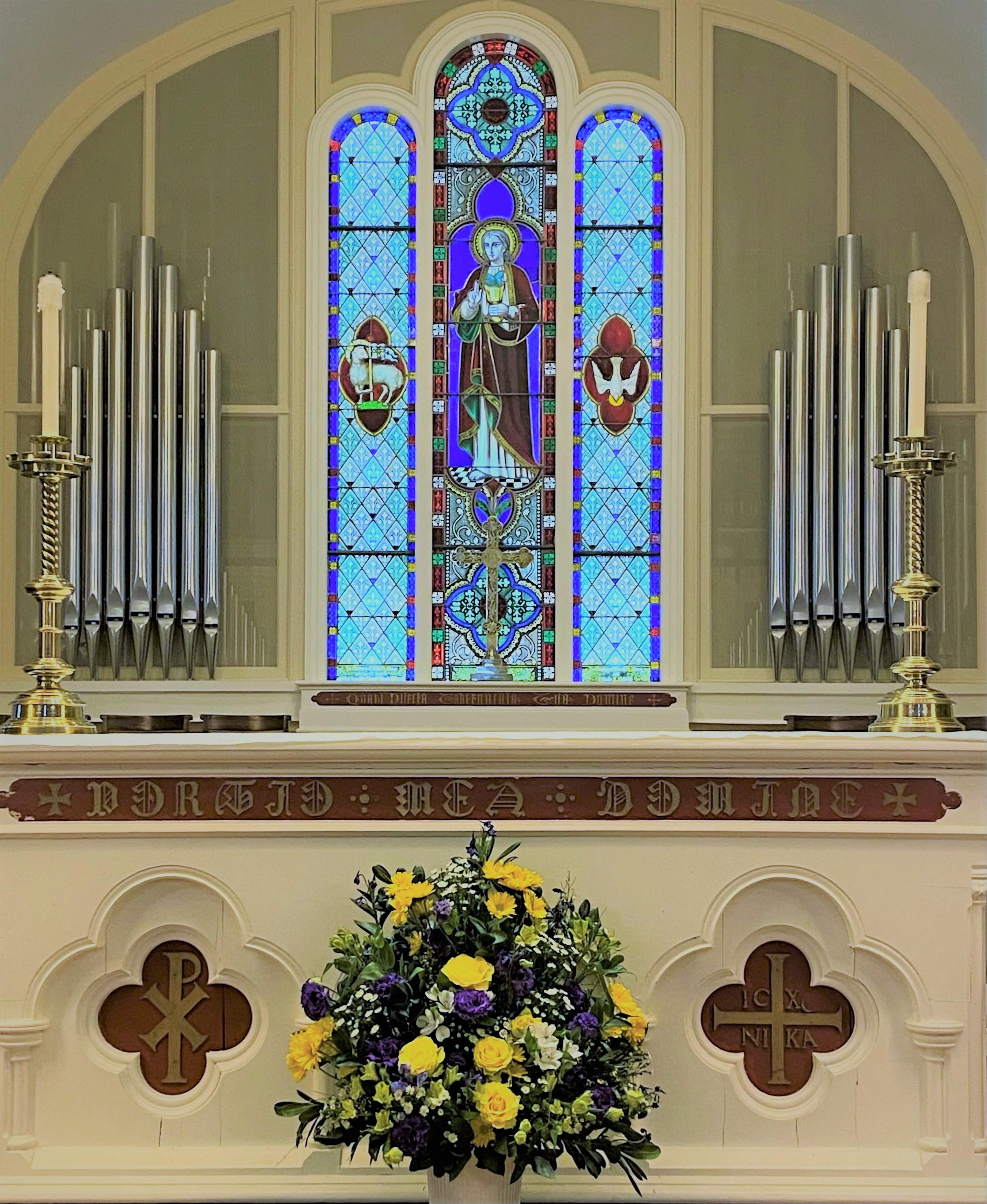 jan-2021-altar-flowers_916